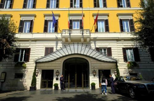 Hotel Eden di Roma, salah satu dari sembilan koleksi hotel mewah di jaringan Dorchester Collection yang dimiliki Brunei. (Andreas Solaro)