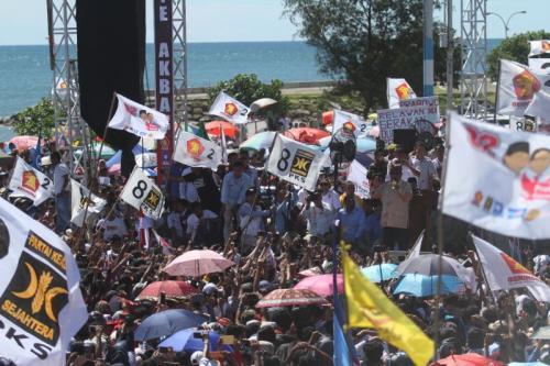 Prabowo Subianto Kampanye di Danau Cimpago, Kota Padang, Sumatera Barat (foto: Rus Akbar/Okezone)