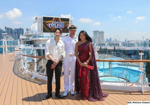 Anggun dan Jay Park bersama kapten Majestic Princess