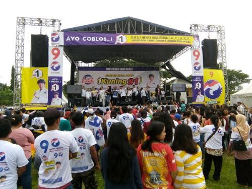 Pentas Musik Kampanye Terbuka Caleg Perindo Henry Indraguna di Klaten. (Bramantyo)