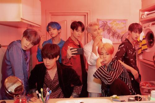 Badshah bahkan sukses menggeser BTS yang menjadi pemilik rekor video musik yang paling banyak ditonton dalam 24 jam.
