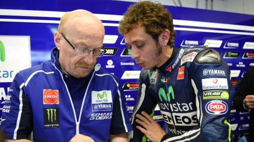 Valentino Rossi memutuskan untuk melepas Silvano Galbusera (Foto: MotoGP)