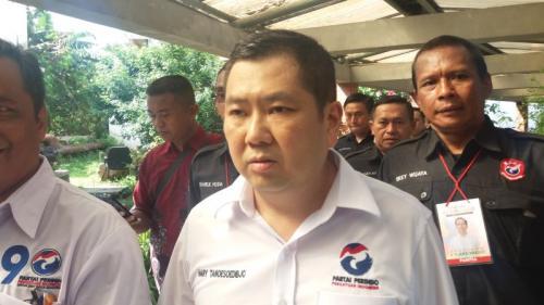 Ketum Perindo Hary Tanoesoedibjo Hadiri Kampanye Terbuka Jokowi di Depok (foto: Wahyu M/Okezone)