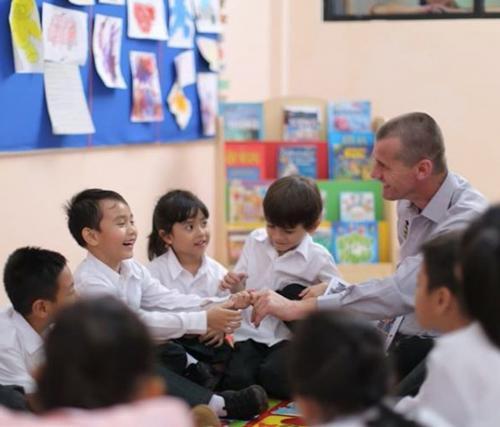 Ia melanjutkan, pendidikan dasar merupakan elemen penting dari perjalanan belajar seorang siswa.