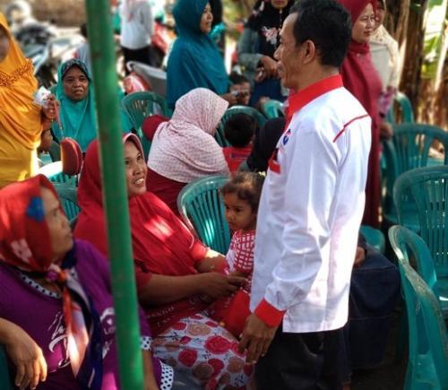 Perindo Pati gelar bazar beras murah. (Foto : Taufik Budi)