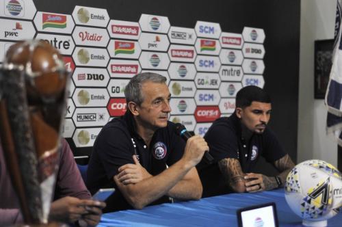 Milomir Seslija tidak masalah dengan absennya Arthur da Cunha (Foto: Okezone/Avirista Midaada)