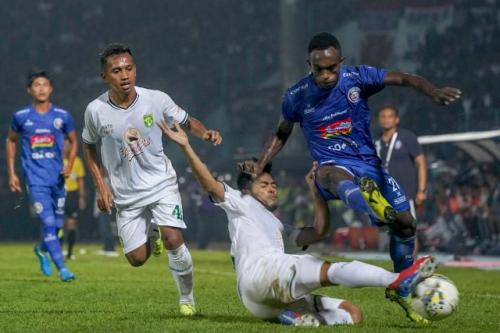 Arema FC vs Persebaya (Foto: Twitter Persebaya)