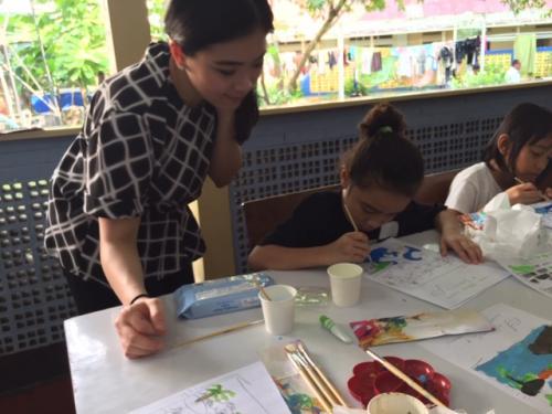 Jessica mengaku ia bisa melihat langsung betapa sebetulnya anak-anak Indonesia itu memiliki potensi seni yang patut dikagumi.