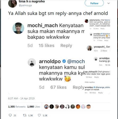 Chef Arnold ternyata juga aktif dalam sosial media dan selalu menjawab pertanyaan-pertanyaan yang ditujukan kepadanya.