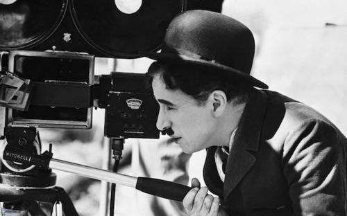 Charlie Chaplin dibuka April (foto: Film)