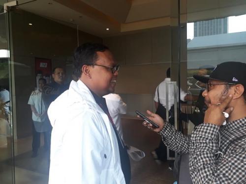 Wakil Direktur Saksi TKN Jokowi- Maruf Amin Lukman Edy ke Djakarta Theatre (Foto : Fahreza Rizky/Okezone)