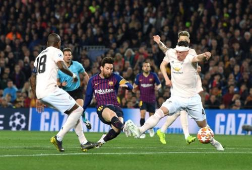 Lionel Messi mencetak dua gol ke gawang Man United (Foto: UEFA)