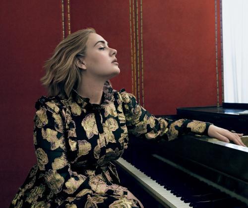 Adele. (Foto: VOGUE)
