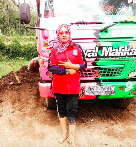 Janda Janda Strong Foto Nomor 4 Awas Lihatnya Gak Bakal Kuat Okezone Lifestyle
