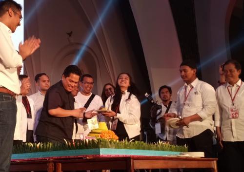 Ketua TKN Jokowi-Ma'ruf Amin, Erick Thohir, menghadiri acara syukuran TKN Milenial atas hasil quick count sejumlah lembaga survei di kawasan SCBD, Jakarta, Minggu (21/4/2019). (Muhamad Rizky)