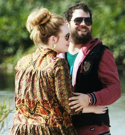 Adele resmi daftarkan gugatan cerai atas Simon Konecki. (Foto: IST)