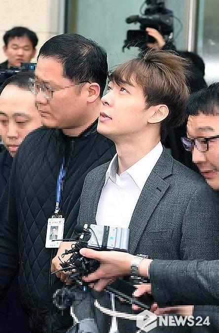 Park Yoochun mendapatkan hukuman penjara 10 bulan dengan masa percobaan selama 2 tahun.  (Foto: News24)