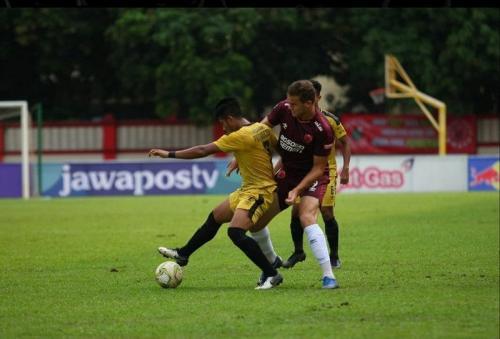 Laga Bhayangkara FC vs PSM Makassar