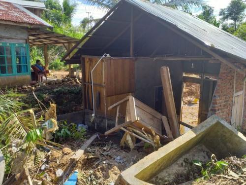 Kondisi Desa di Bengkulu yang Terisolir Akibat Banjir dan Longsor (foto: Demon Fajri/Okezone)