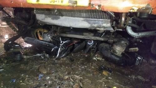 Kecelakaan Maut di Bekasi, Diduga Sopir Truk Kena Serangan Jantung Tabrak 3 Pemotor (foto: Wijayakusuma/Okezone)