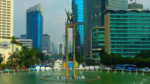 Suasana di Patung Selamat Datang di Bundaran HI, Jakarta. (Foto : Fadel Prayoga/Okezone)