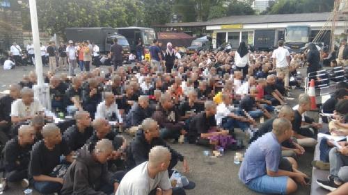 Pelaku kerusuhan saat gelaran May Day di Bandung. (Foto: Okezone)