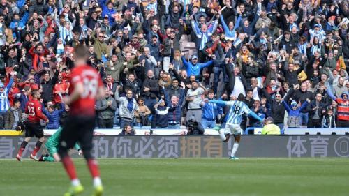 Isaac Mbenza menggagalkan kemenangan Man United (Foto: Premier League)