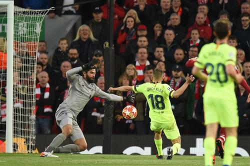 Barcelona vs Liverpool (Foto: UEFA)