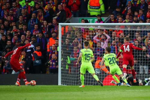 Aksi Origi di laga Liverpool vs Barcelona