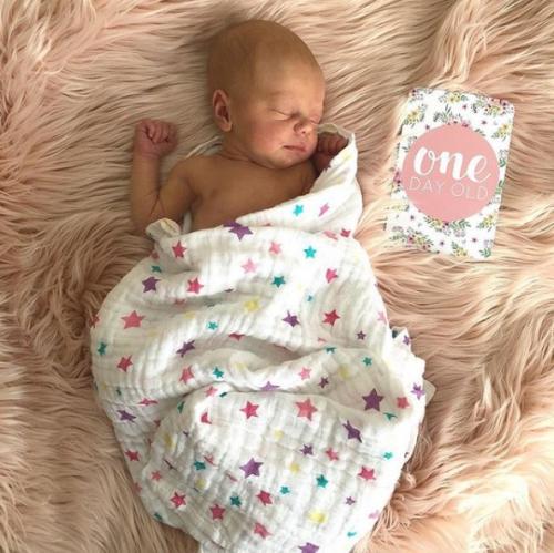 Marissa Nasution mengumumkan kelahiran anak pertamanya.