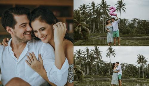 Marissa Nasution dan Suami saat mengumumkan kehamilan pertamanya.