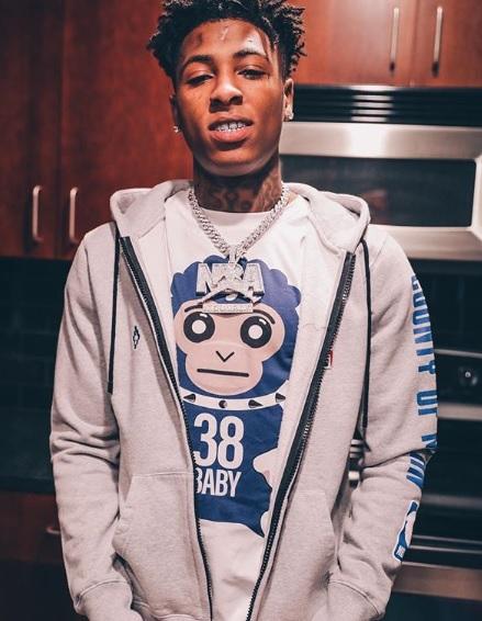 Rapper NBA YoungBoy yang terlibat dalam insiden penembakan di Miami, Florida.