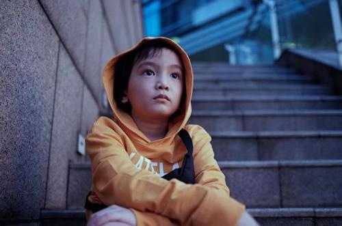 Saga Omar, Anak Anji.