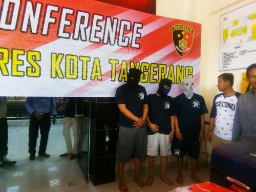 Oknum Wartawan Tipu Kades di Tangerang