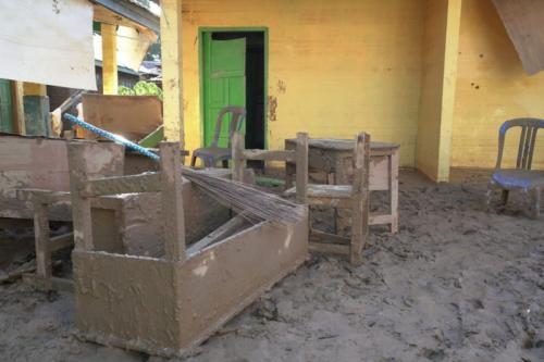 Rumah yang Terdampak Banjir Bandang di Desa Genting, Kabupaten Bengkulu Tengah, Bengkulu (foto: Demon Fajri/Okezone)