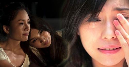 Perempuan menangis karena sedih