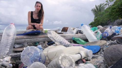 Sehingga siapapun harus dapat mengelola sampah plastik atau jenis lainnya.