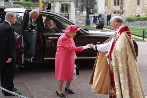 Ratu Elizabeth menghadiri Royal Wedding di St George's Chapel