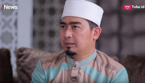 Namun Ustadz Solmed menolak permintaan sang istri menikah lagi. (Foto: YouTube/Alvin & Friends)