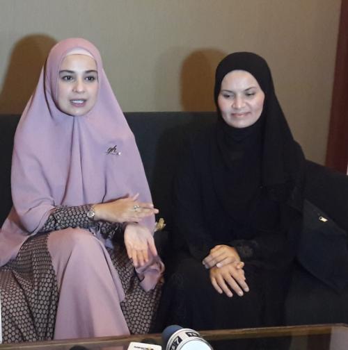 Shireen Sungkar dan Faziani Rohban
