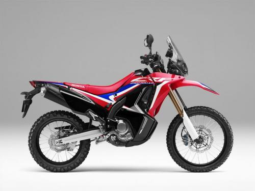 Hadirnya CRF250 dengan warna dan striping baru memenuhi permintaan pecinta petualangan