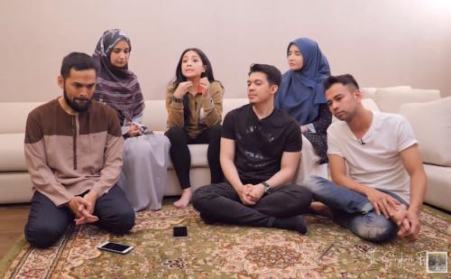 Raffi Ahmad secara blakblakan mengaku terlibat dalam judi bola di masa lalu. (Foto: YouTube/The Sungkars Family)