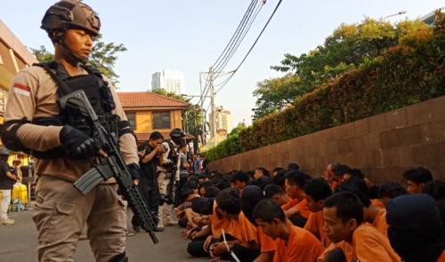 Polres Jakbar Gelar Perkara Penangkapan 183 Pelaku Kerusuhan di Petamburan, Slipi (foto: M. Rizky/Okezone)