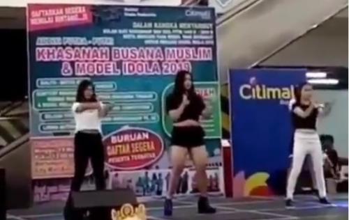 Orang menari
