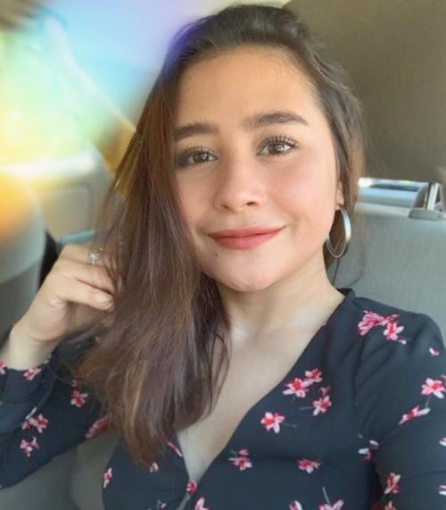 Prilly Latuconsina mengaku tak bebas berbuka puasa di mall karena tengah menjalani diet. (Foto: Instagram)