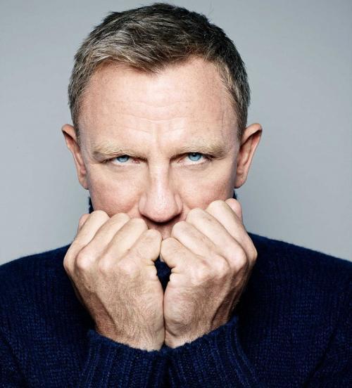 Cedera ini bukan yang pertama bagi Daniel Craig sepanjang kariernya membintangi James Bond. (Foto: GQ India Magazine)