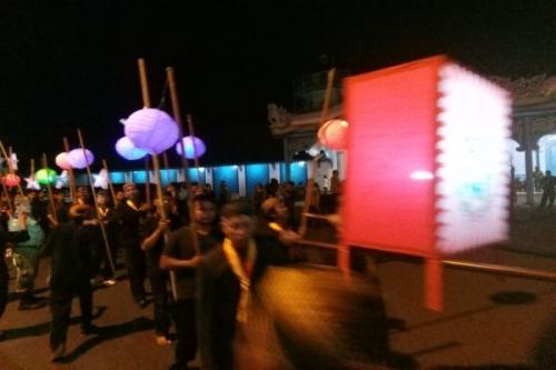 Kirab Lampion Malam Selikuran di Kraton Solo