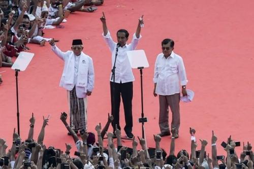 Jokowi-Ma'ruf Amin dan Jusuf Kalla. (Foto: Nova Wahyudi/Antaranews