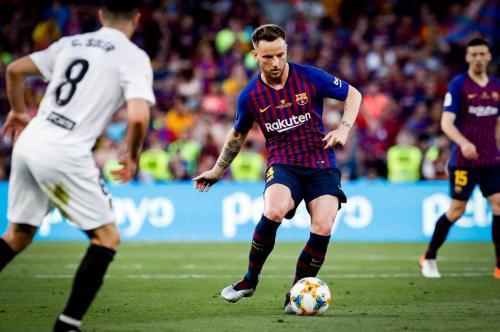 Rakitic tegaskan bertahan di Barcelona