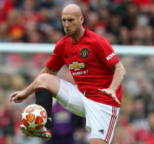Mantan bek Man United Jaap Stam (Foto: Man United/Twitter)